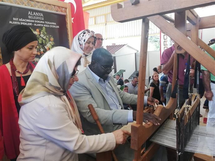 ALANYA BELEDİYESİ ANAMUR TARIM FUARI'NA KATILDI